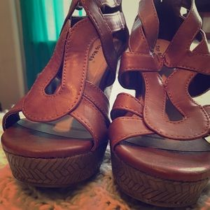Shoes - Brand new wedges